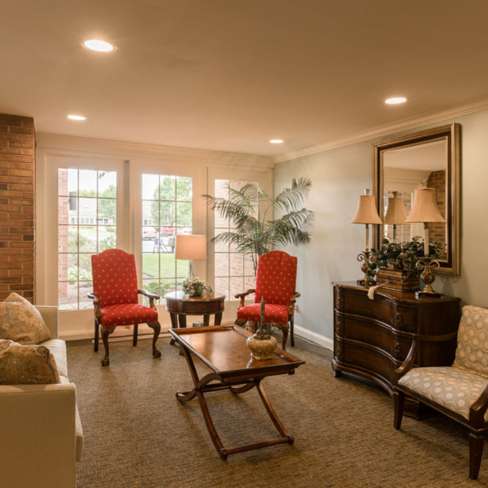 gallery-Entrance-Sitting-Area-IP1A9403