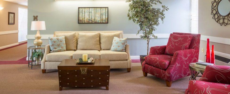 Four Seasons Community sitting area